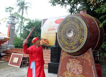 Cơ sở bán trống nhà thờ họ tại Hà Nội